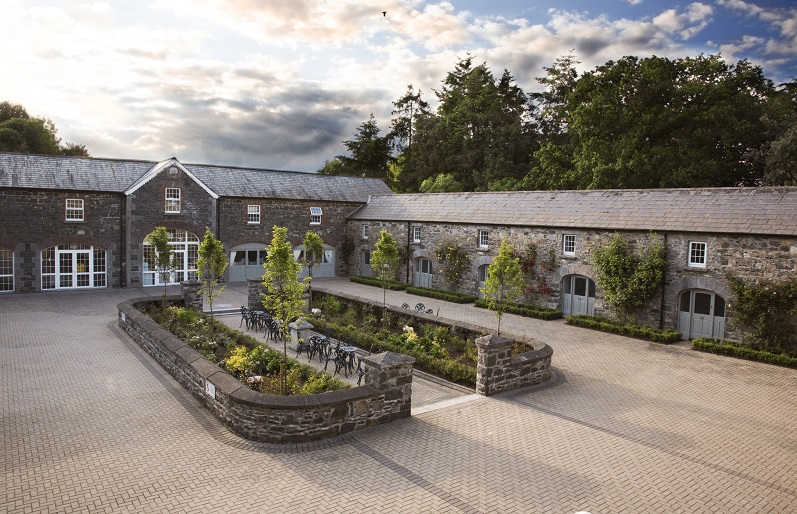 Virgina Park Lodge wedding venue Ireland