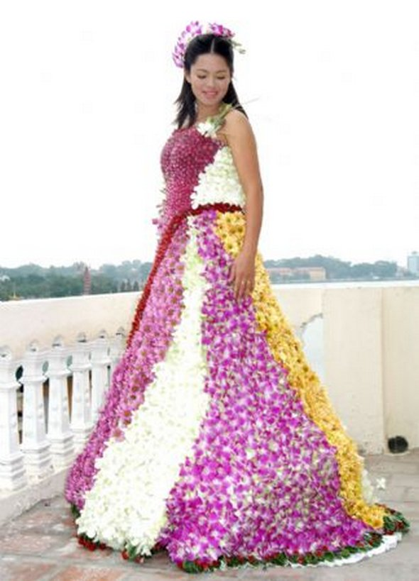 Weird wedding dress 5 Brandx.com