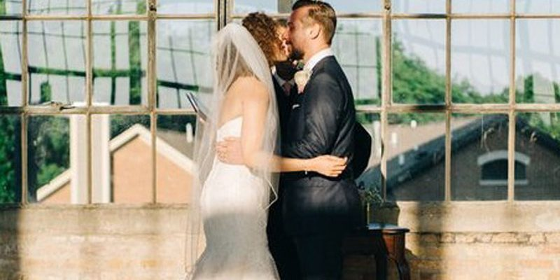 viral-wedding-picture feature image