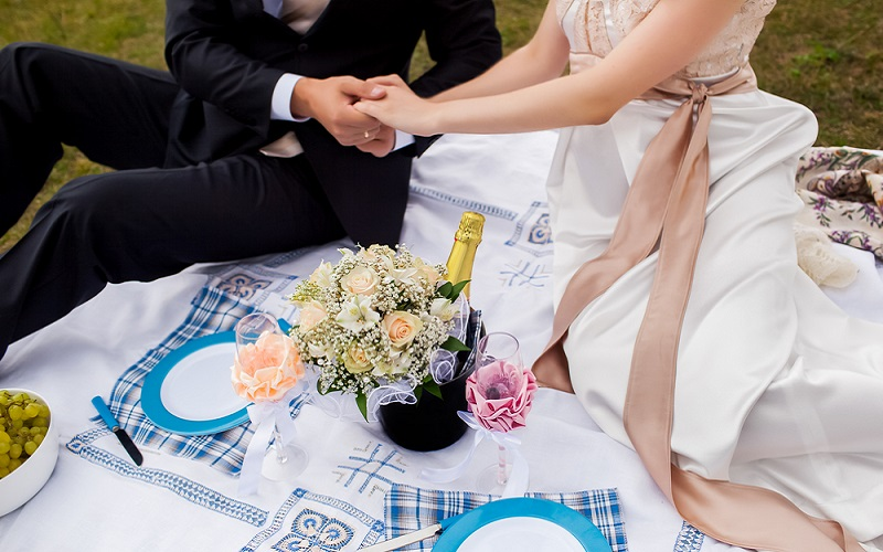 Treat your guests to a one-of-a-kind Gourmet Wedding Picnic