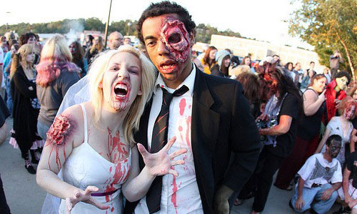 Zombie Wedding Gifts: 18 Hilarious Halloween Costumes For Couples