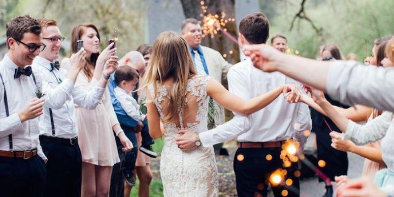 social media ban at weddings