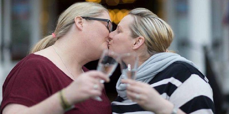Lisdoonvarana festival success as Irish gay couple set to marry