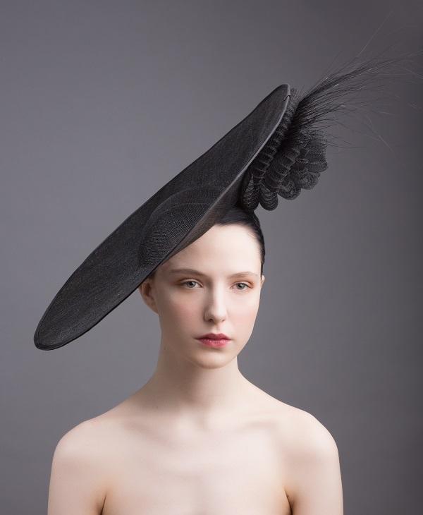 Wedding hat trends - disc