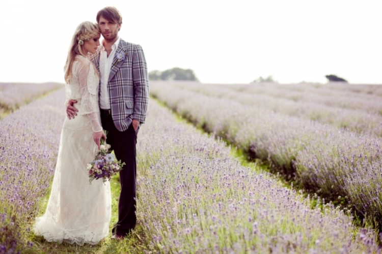 Grey and Lavender Winter Wedding Inspiration