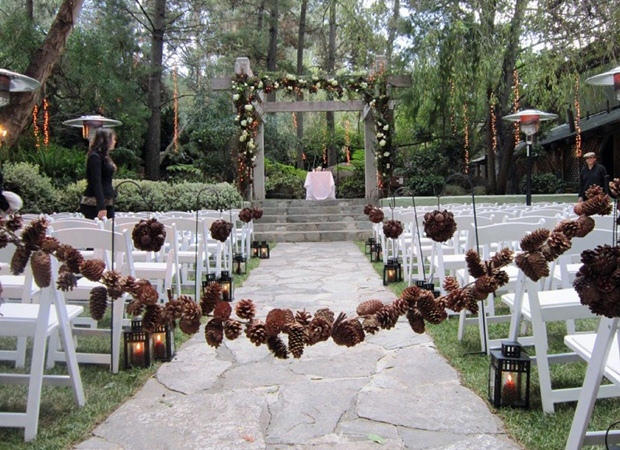 Pinecone-Wedding-Inspiration-Sweetvioletbride.com