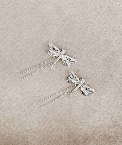 Top 20 wedding hair accessories to inspire you