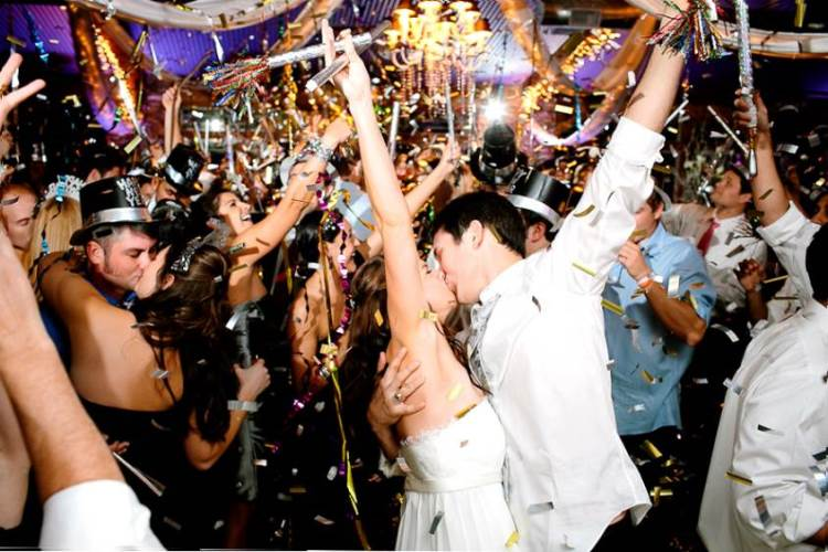 19 reasons why you should have a new years eve wedding wedding new years eve wedding junglespirit Gallery