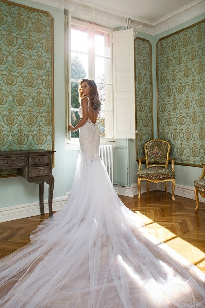 Julie Vino Trunk show at McElhinneys Bridal Rooms