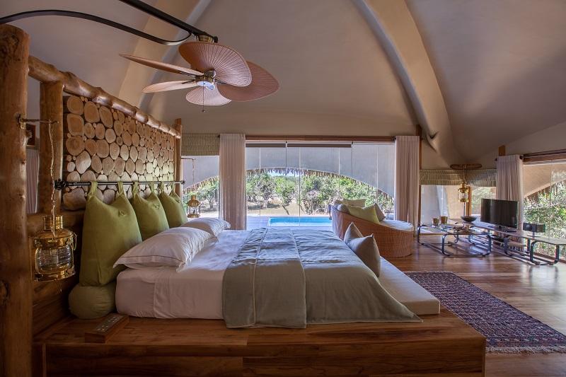 honeymoon in sri lankaChena Huts interior, Uga Escapes (2)