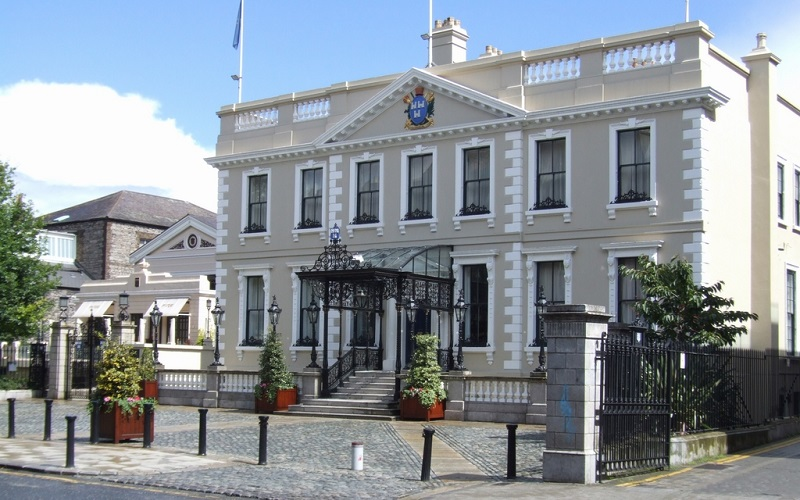 Mansion-House Dublin wedding venue