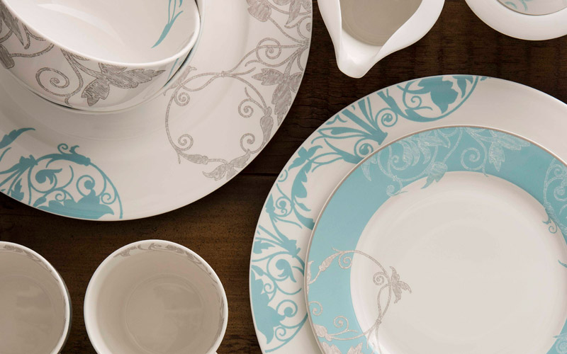 Novello-Tableware