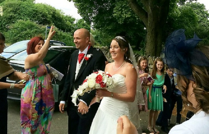 save couple's dream wedding