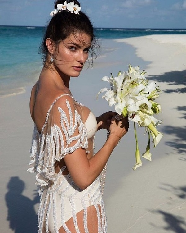 Victoria's secret angel gets married