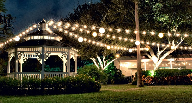 string up garden lights for a chic outdoor wedding