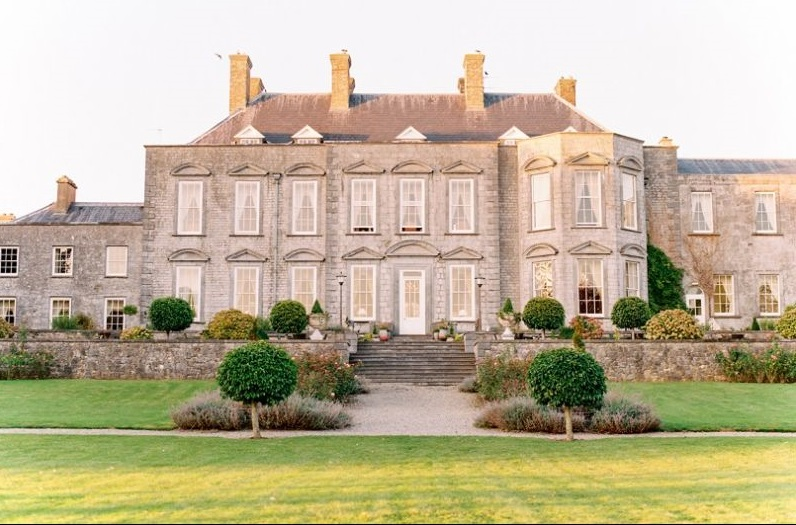 Castle Durrow, a unique fairytale venue