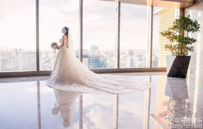 Bride has four wedding dresses