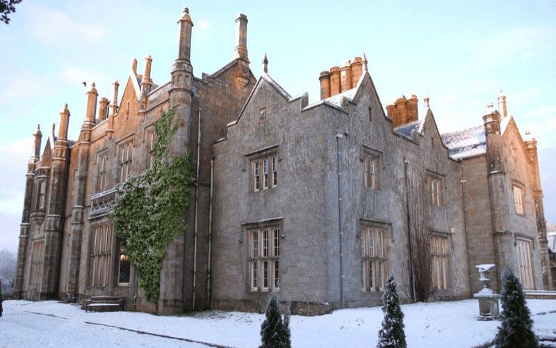 Parkanour-Manor-Directory