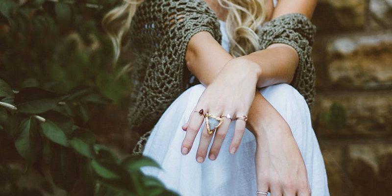 Blake Lively engagement ring 6