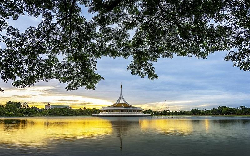 Bangkok lake