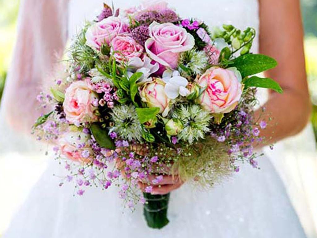 Wedding Journal Online - Wedding Flowers