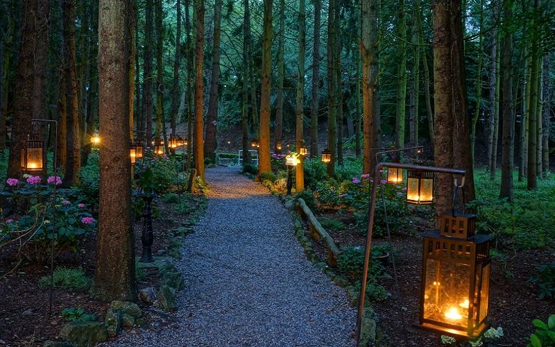outdoor wedding reception evening