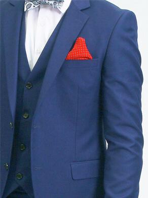 Love-Suits-rouge