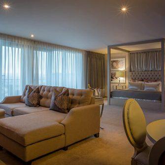 Lough-Rea-Hotel-Bridal-Suite