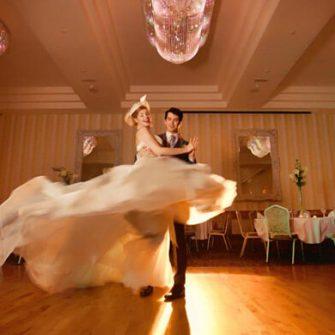 Garryvoe-Hotel-Ballroom
