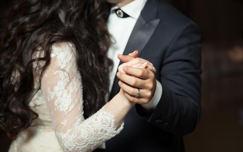 Top 10 Wedding First Dance Songs For 2018 Wedding Journal