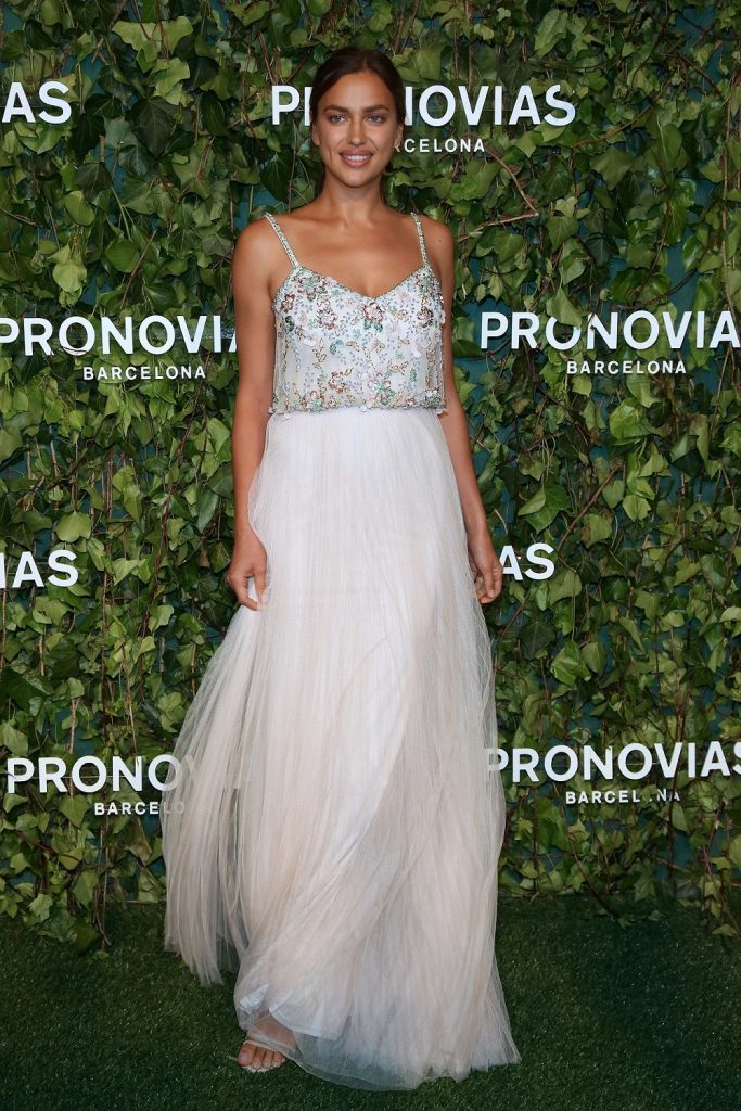 """2ec7be01a2d4 Irina Shayk commented on the new collection  """"PRONOVIAS manages to create  something incredible and different every year. I ve seen so many flowers in  this ..."""