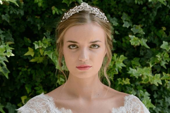 Lie-Amour_Crown