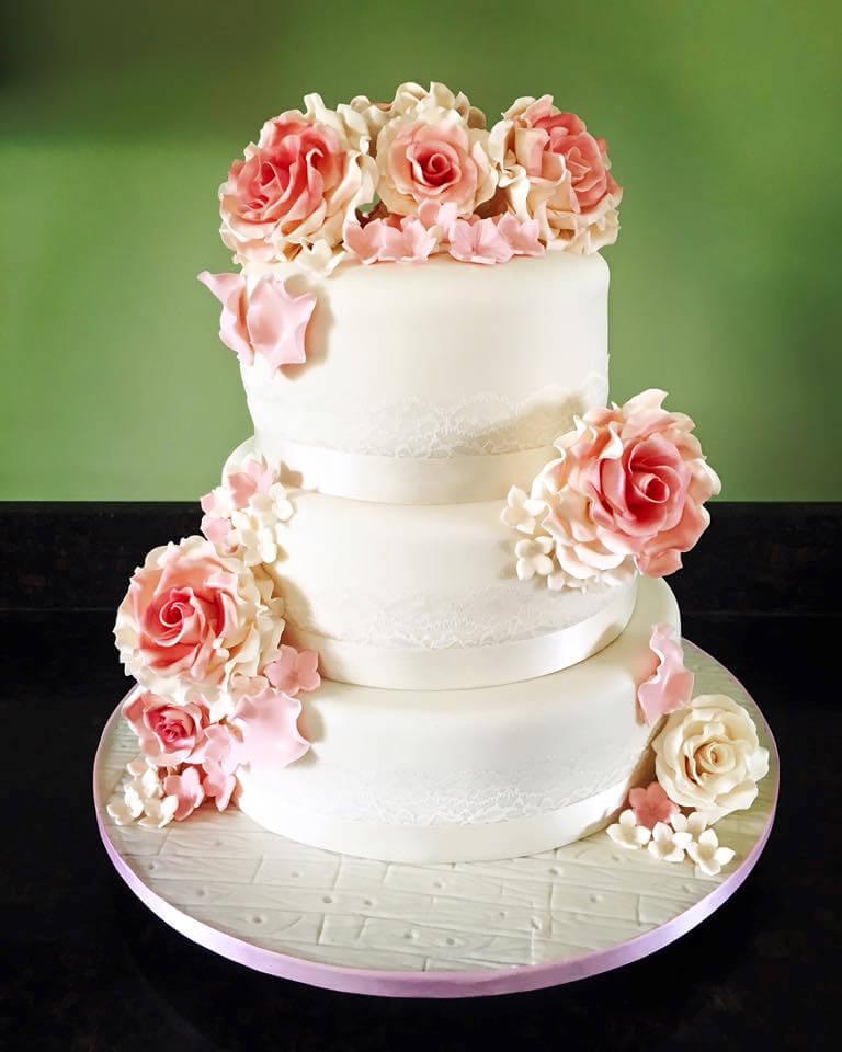 Celina's Cakes Peach 3 tier
