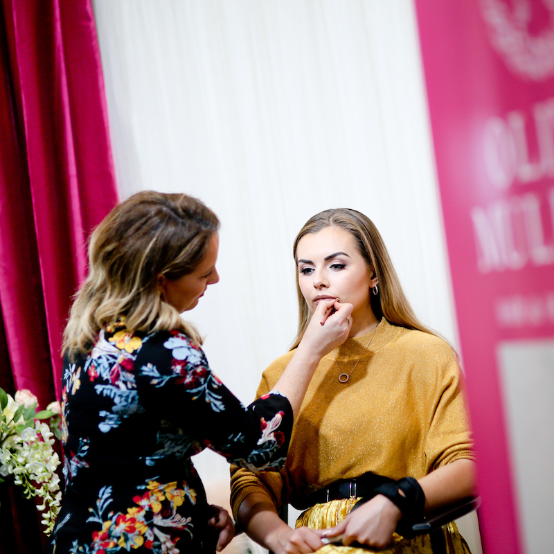 Beauty Demonstrations at Wedding Journal Show