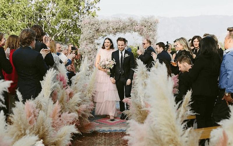 2018-Extravagant-Celeb-Weddings-Mandy-Moore