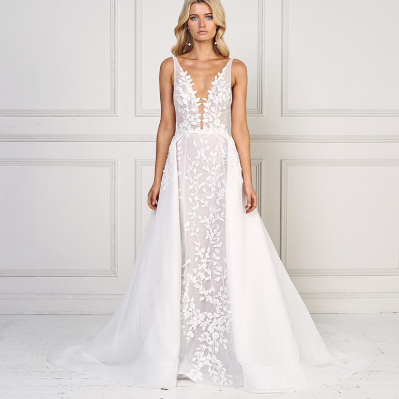 Destination-Wedding-Dress-Mimi