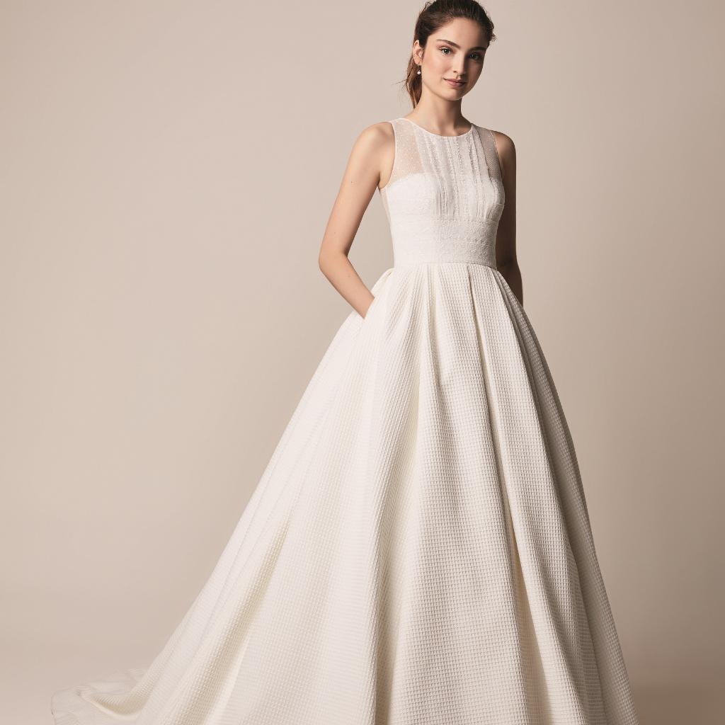 25-Ball-Gown-Princess-Wedding-Dresses-Jesus-Peiro