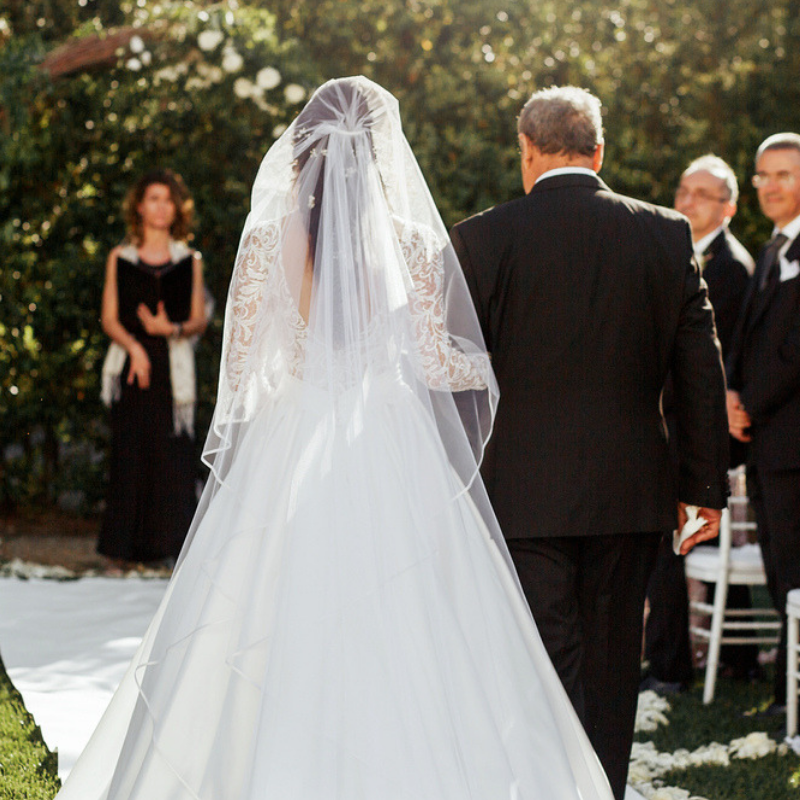 How-To-Write-The-Perfect-Father-Of-The-Bride-Speech-Featured-Image