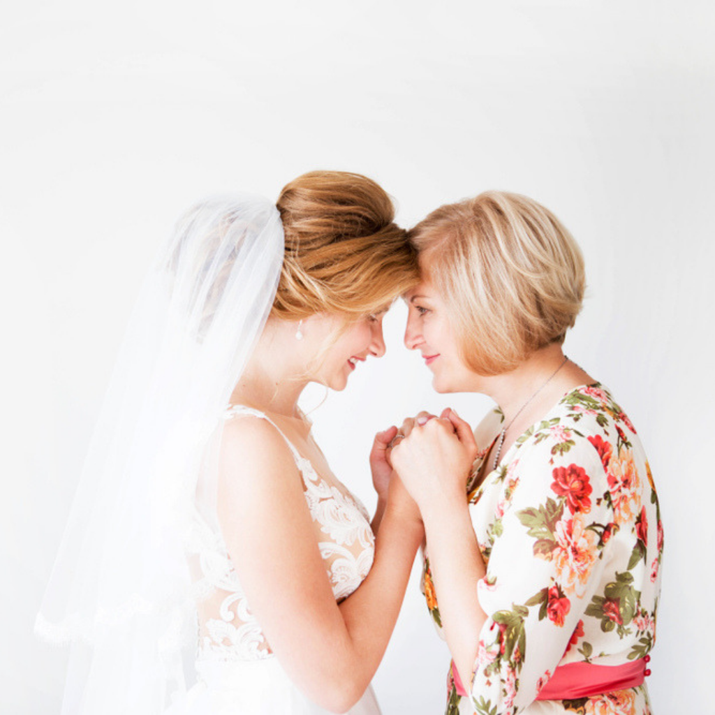 7-Reasons-You-Need-To-Buy-WJ-Autumn-Issue-Mother-of-the-Bride-Fashion-Problems