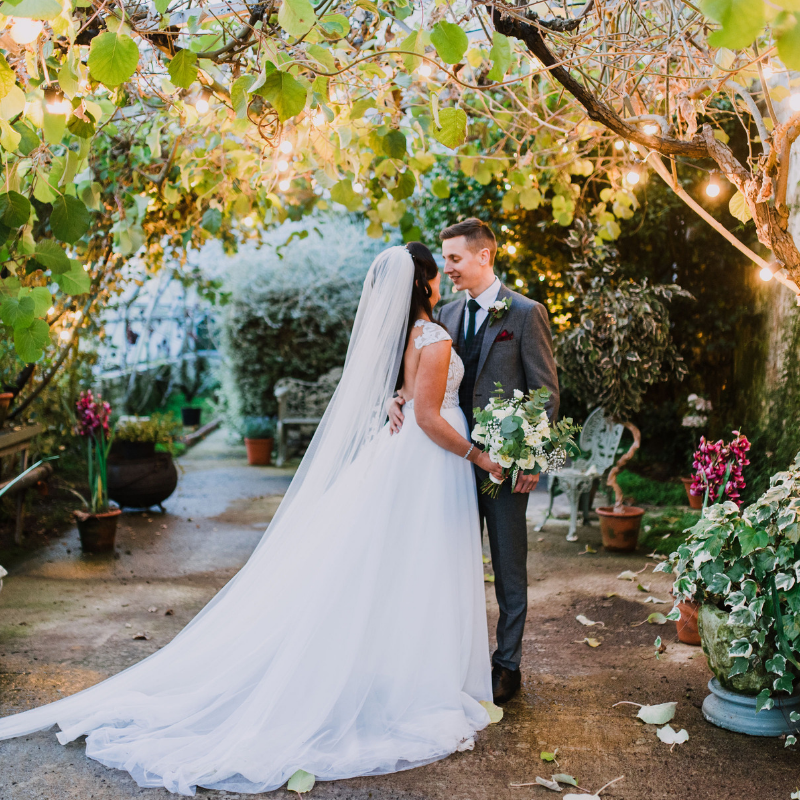 Real-Life-Wedding-Shane-Todd-and-Stacey-Larchfield-Estate-Autumn-Issue-2019