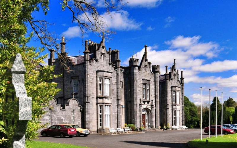 17 Fairytale Castle Venues in Ireland-Featured-Image-Belleek-Castle