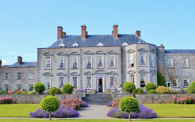 17 Fairytale Castle Venues in Ireland-Featured-Image-Castle-Durrow